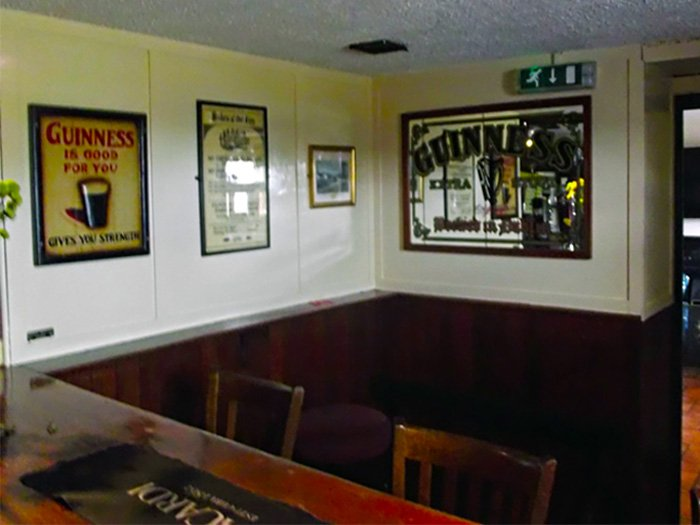 Matties-Larne-Public House-Traditional-Bar-Cairncastle-Larne-700-x-525